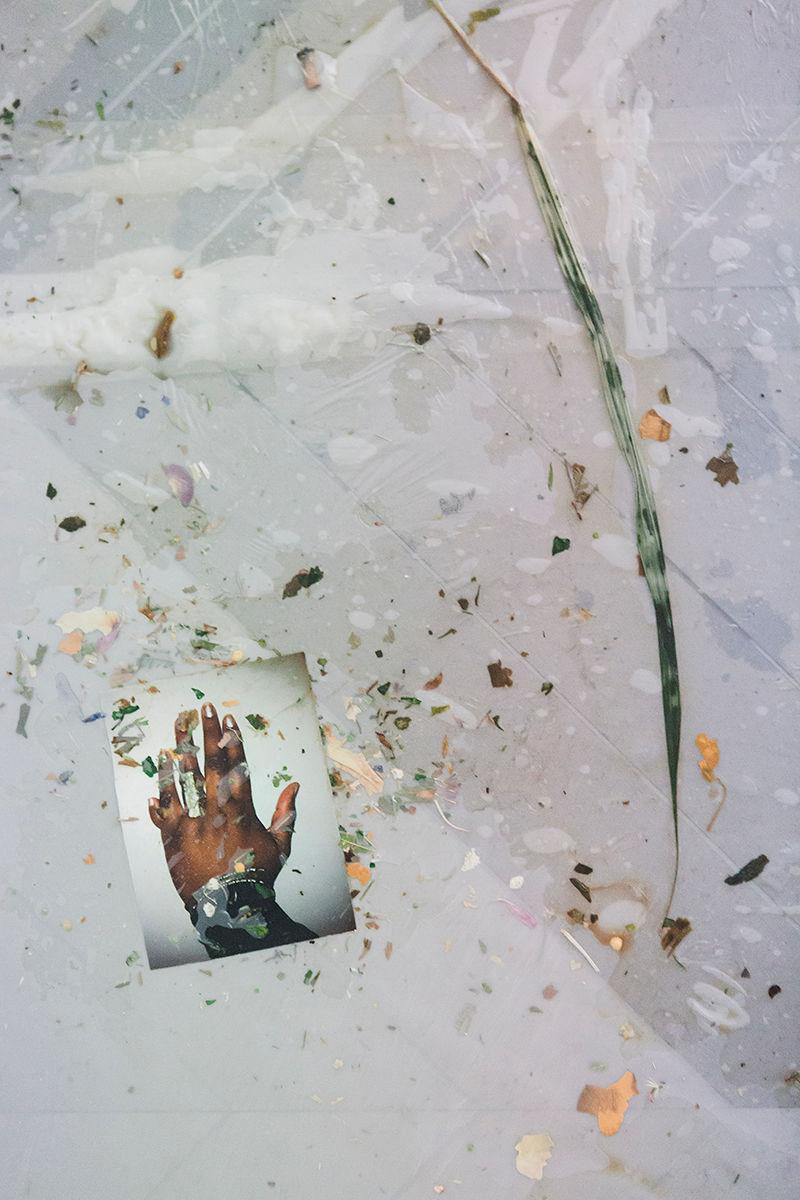 21. Gaëlle Choisne, W.A.A.N. (We Are All Negroes) (détail), 2017, Aube immédiate, vents tièdes, vue d'exposition, Mécènes du Sud Montpellier-Sète, 2019, image: Elise Ortiou Campion