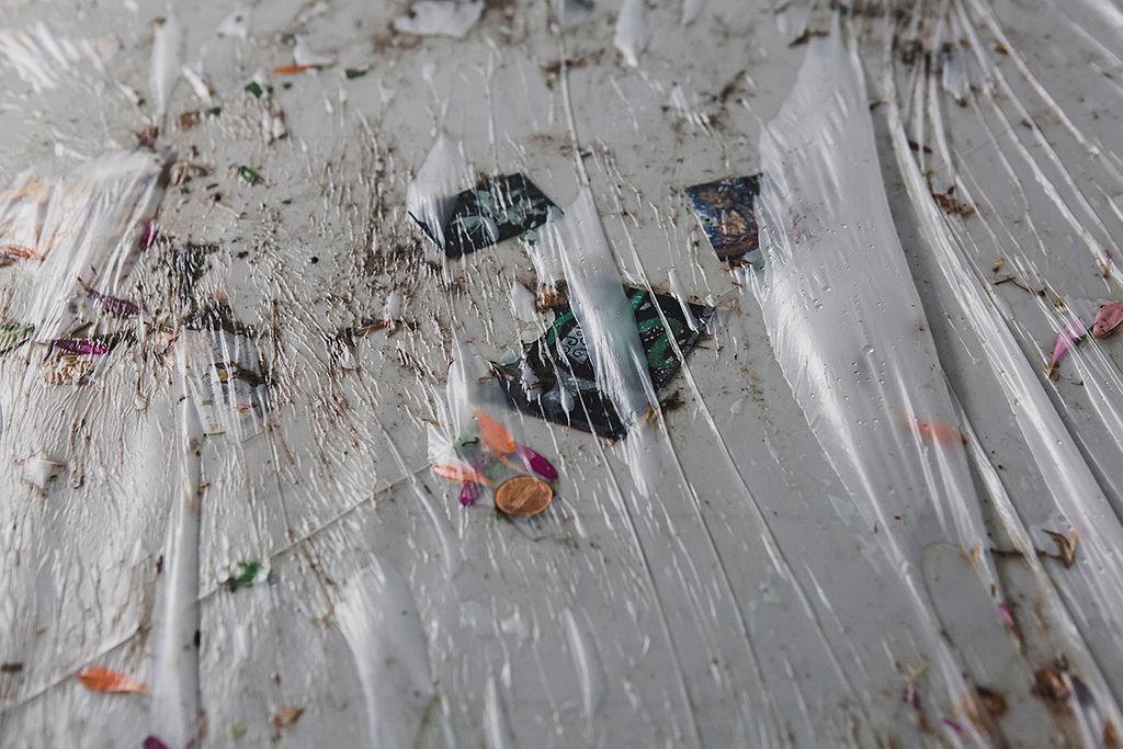 22. Gaëlle Choisne, W.A.A.N. (We Are All Negroes) (détail), 2017, Aube immédiate, vents tièdes, vue d'exposition, Mécènes du Sud Montpellier-Sète, 2019, image: Elise Ortiou Campion