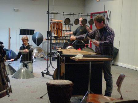 Rencontre de l'Ensemble Symblêma Percussions avec les salariés de Cabus et Raulot